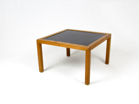 Herman_miller_coffe_table_1