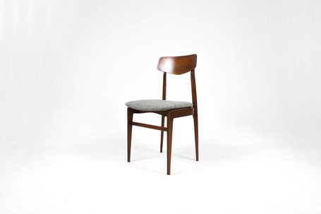 Italian_desk_chair_1_rid
