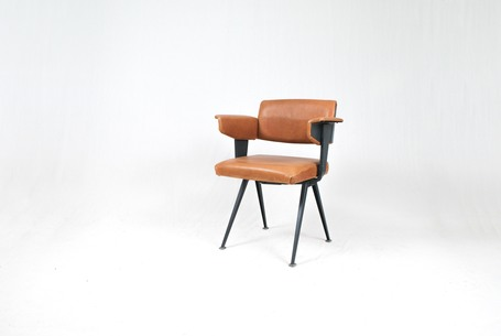 Resort_chair_1_rid